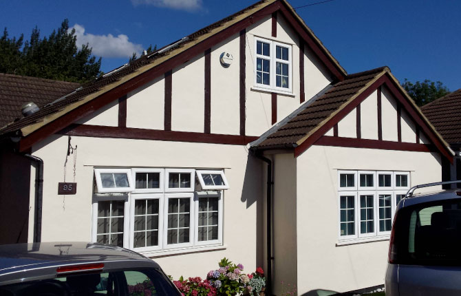 Exterior decorating in Ickenham, Middlesex